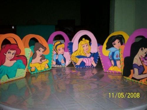 Imagen Bolsito en Fomi o EVA princesas - grupos.emagister.com