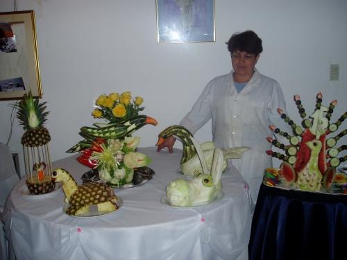 Adornos en frutas y verduras imagui for Secar frutas para decoracion
