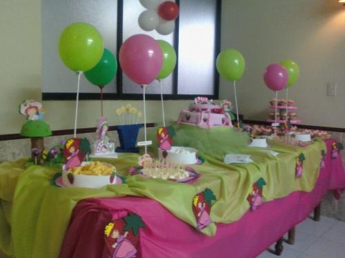 Decoraciónes de fiestas infantiles de fresita - Imagui