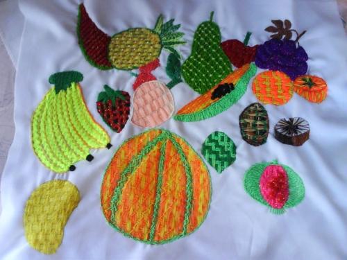 Puntadas para bordar frutas - Imagui