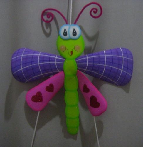 Libelula en fomi - Imagui