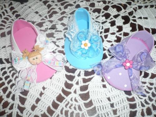 Zapatos para bebés en fomi - Imagui